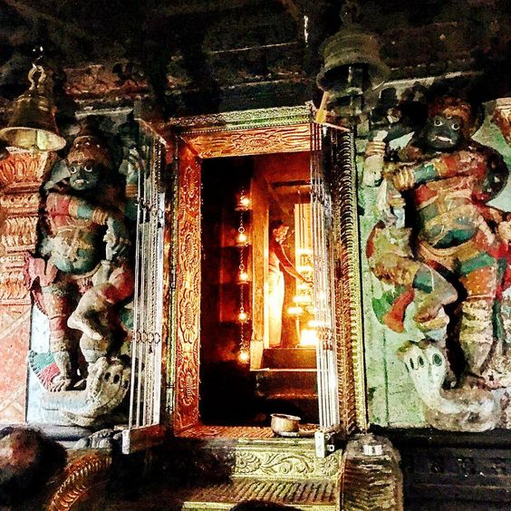 The centuries old Arti (prayer) to worship Shiva being performed at the Venkitta Thevar Shiva Temple in Kottakal, Kerala in India. The…
