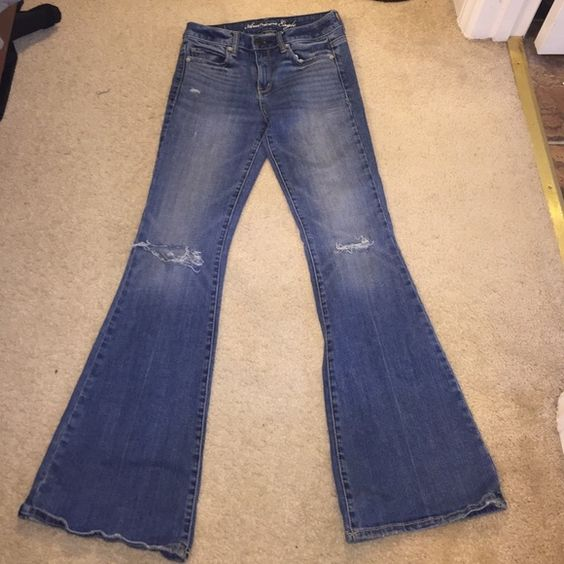 ⚡️Flash Sale⚡️AE Bootcuts Distressed AE Bootcut Like New Bundle to save American Eagle Outfitters Jeans Boot Cut