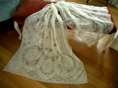 SUPERB-Antique-Vtg-NORMANDY-LACE-WEDDING-VEIL-SHAWL-COVERLET-CURTAIN-TABLECLOTH