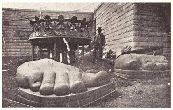 The Statue of Liberty's toes in 1895
