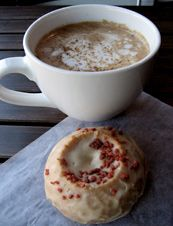 pirate radio cafe - maple bacon latte, and bacon sprinked donuts. only in san francisco.