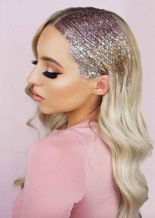 Glitter Roots Hair Trend Music Festival Hairstyles Glitter Roots Tutorial Hair Sparkles Way Christmas Party Hairstyles New Year S Eve Hair Party Hairstyles