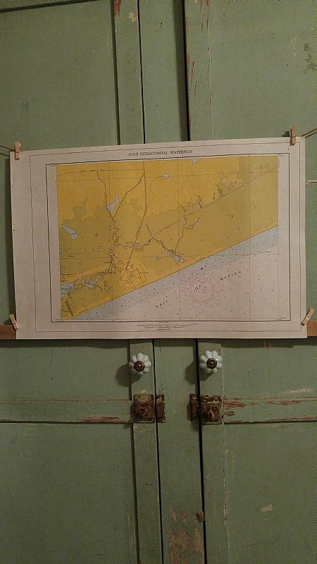 For sale at Retrophoria.com, $25.00 - Vintage 1960's paper map