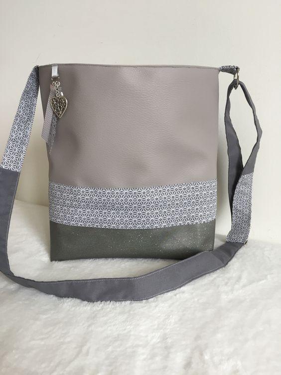 Sac bandouli re en simili cuir gris couture pinterest for Boite a couture en cuir