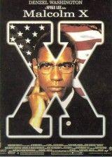 """""""Malcolm X"""" de Spike Lee.  Su padre, ministro baptista, murió siendo él niño, y su madre acabó en un psiquiátrico cuando el Ku Klux Klan incendió su casa. Cayó en la delincuencia y fue a parar a la cárcel. Allí se convirtió al Islam y cambió radicalmente su vida, convirtiéndose pronto en un carismático líder del movimiento de liberación de la comunidad negra norteamericana.  DRAMA"""