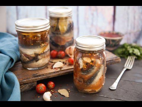 طريقة عمل السردين المعلب بالزيت و بالصلصة و التقليدي مطبخ اسيا ج1 Youtube Food Seafood Pickles