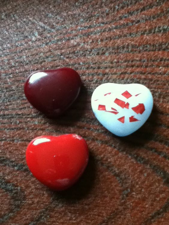 Fused glass hearts by Pam Isaacs