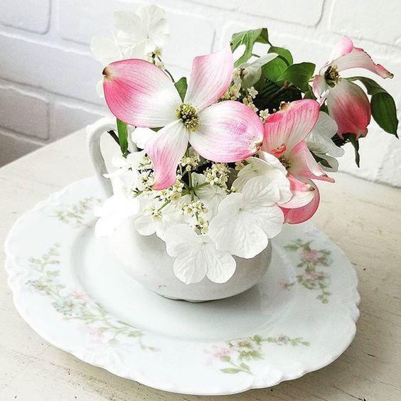 Spring is pretty ironstonewednesdays SimplyFarmhouseTransferware wednesdaywhitewash blossomsbirdsandbees dishcollector dogwood=