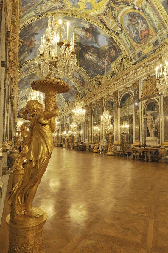 Galerie des glaces du château de Versailles: