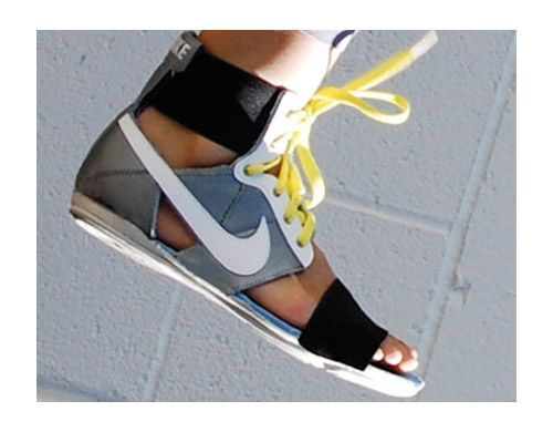 5 Ugly Shoe Trends That Rule Summer 2014
