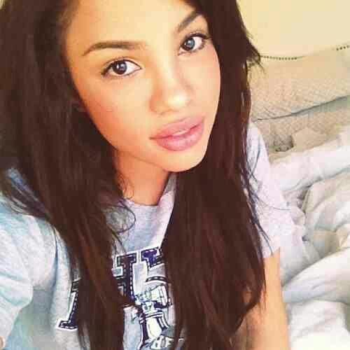 Andrea S Choice Youtuber Beauty Guru Curly Hair Expert