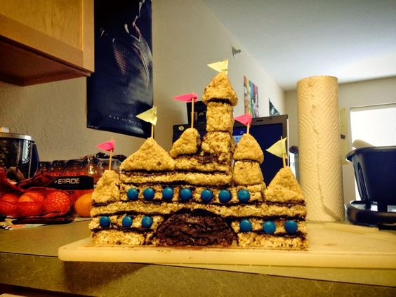 Tulips and Pianos: Disney Castle Rice Crispy Cake