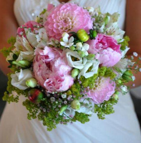 wunderschöner Brautstrauß mit Pfingstrosen in pink von meiner ...