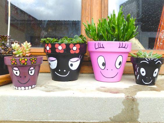 diy pots de fleurs barbapapa r alis s avec de la peinture acrylique et des posca posca. Black Bedroom Furniture Sets. Home Design Ideas