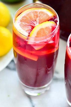 Spanish Tinto De Verano | The Best Cocktails from Around the World