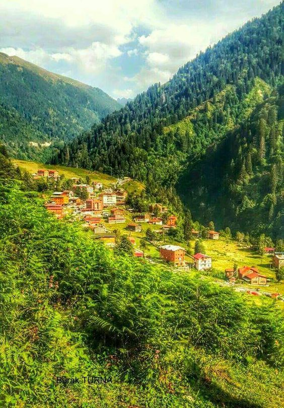 Ayder Plateau, Rize ⚓ Eastern Blacksea Region of Turkey | Östliche Schwarzmeerregion der Türkei #karadeniz #doğukaradeniz #rize #travel #nature #ecotourism #cittaslow #mythological #colchis #thegoldenfleece #amazonwarriors #tzaniti