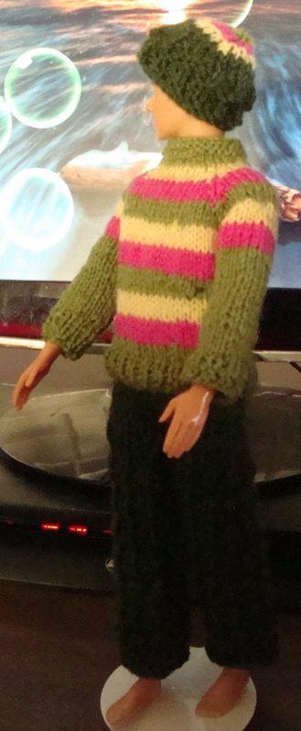 Ladyfingers - Barbie & Ken QUICKIE KNITTING PATTERNS DOLLS - KEN Pint...