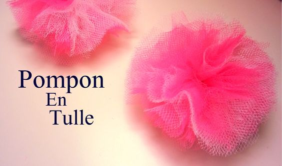 D i y cr ation comment faire un pompon en tulle tul pinterest comment and tulle - Comment fabriquer un pompon ...