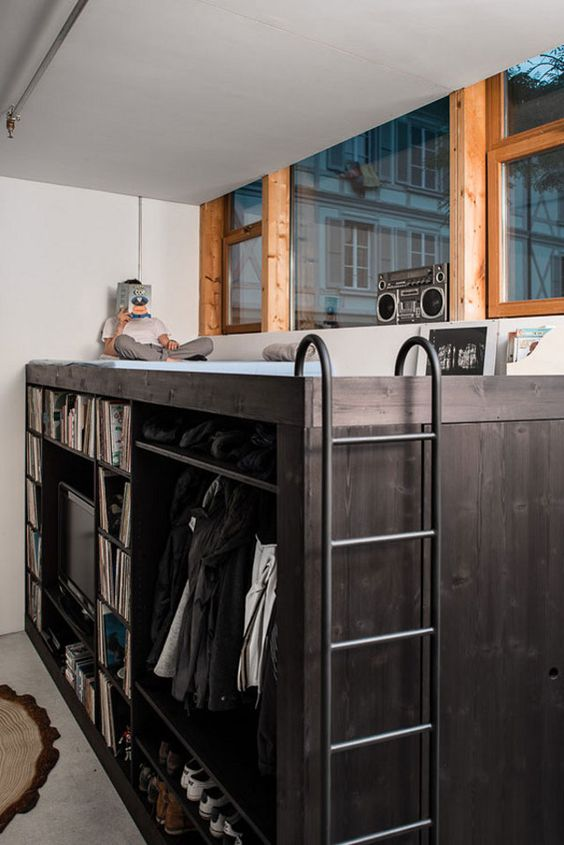 Living Cube Combines Entertainment Center, Bookshelves, Wardrobe, Walk-In Closet, Loft Bed