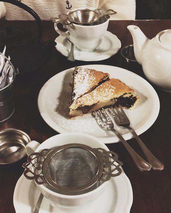 Tea and cake with my sis