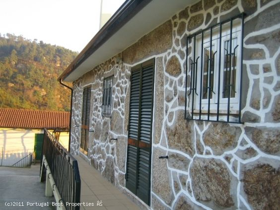 Farm with 2 houses in Arcos de Valdevez, Viana do Castelo, Minho,  Portugal - Property with aprox.52.000m2, consisting of stone villa (recovered) + 2 bedroom villa recent construction. Land with possibility to build + Forest protection + ecological zone + agricultural supplementary reserve. Spring water, irrigation water, and mains water. stone mill. Granary. - http://www.portugalbestproperties.com/component/option,com_iproperty/Itemid,16/id,967/view,property/#