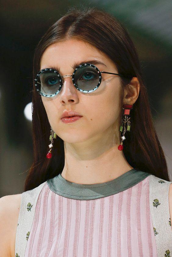 Valentino весна-лето 2018, Самые красивые украшения Недели моды в Париже