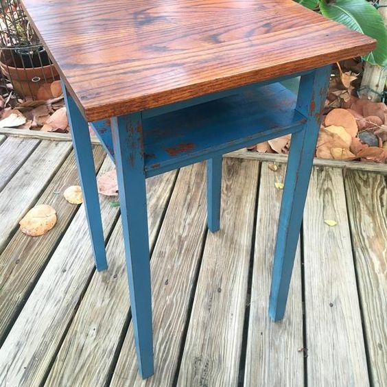 Surfer blue table