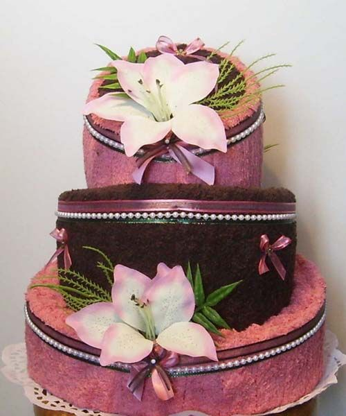 AMAZING TOWEL CAKES IMAGES   21 Unusual Homemade Mothers Day Gift Ideas, Amazing Towel Cakes