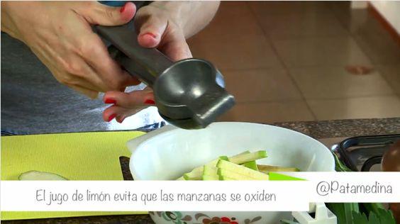 Un toque de limón a tu ensalada evitará que las manzanas se oxiden y se tornen de color marrón. #PataCook