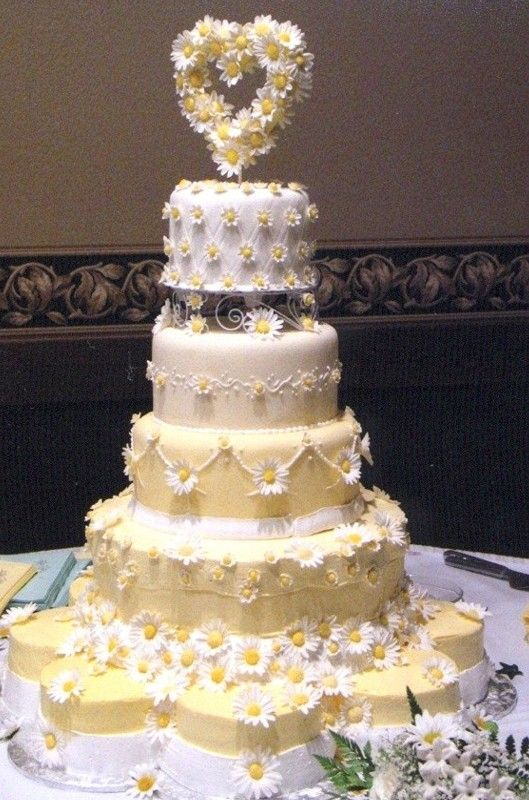 Indian Weddings Inspirations. Yellow Wedding Cake. Repinned by #indianweddingsmag indianweddingsmag.com: