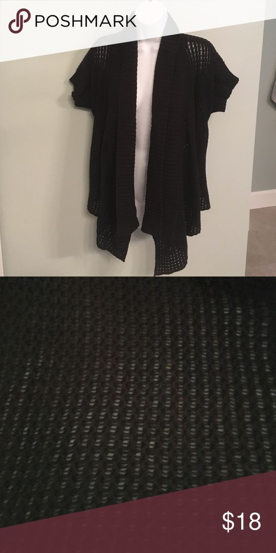Kenneth Cole Black Cardigan Sweater Size Small In great condition! Perfect for fall! Kenneth Cole Sweaters Cardigans