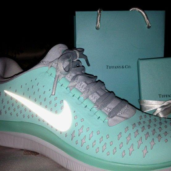 a4f1a895c097 Tiffany Blue Nikes (tiffanybluenike) on Pinterest