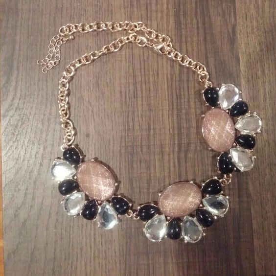 Costume jewelry Gold necklaces and Jewelry necklaces on Pinterest