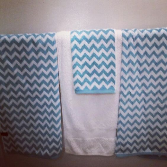 Aqua towels