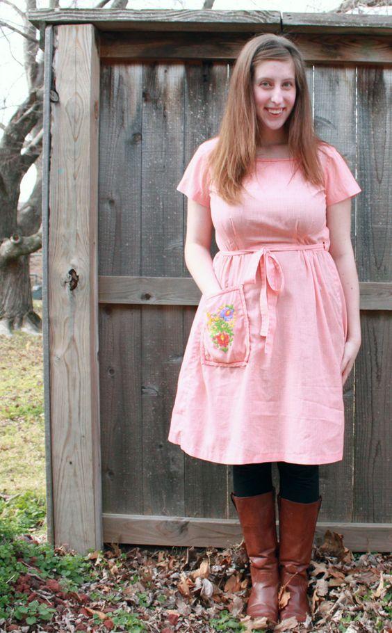 "awesome ""apron"" dress with pocket!"