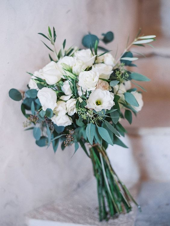 Simple bouquet of green and white.