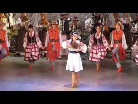 Kalyna (The kalyna on the hill). The Pavlychenko Folklorique Ensemble and The Lastiwka choir from Saskatoon. Choreography - Rafail Malynivskiy Adaptation - S...