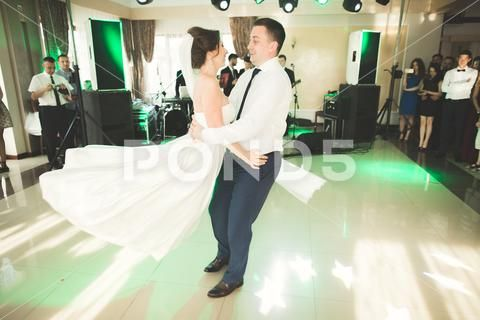 First Wedding Dance Of Newlywed Couple In Restaurant Stock Photos Ad Newlywed Dance Wedding Couple Wedding Dance Newlyweds Wedding Couples