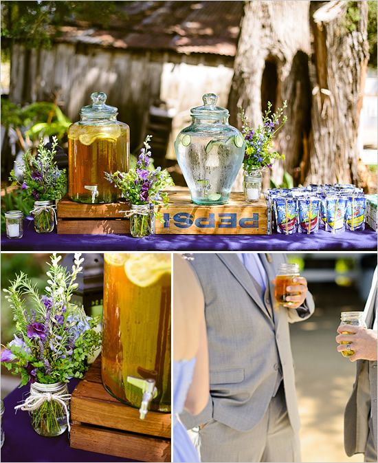 I absolutely LOVE the Capri Sun packets. What a genius idea for a hot, outdoor wedding.: