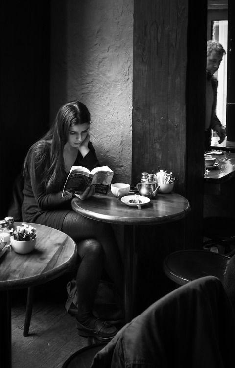 """noiredesire:"""" Edinburgh CaféPhoto: Dieter Krehbiel"""""""