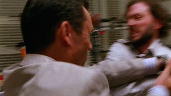 """Burn Notice 2x07 """"Rough Seas"""" - Michael Westen (Jeffrey Donovan) & Seymour (Silas Weir Mitchell)"""
