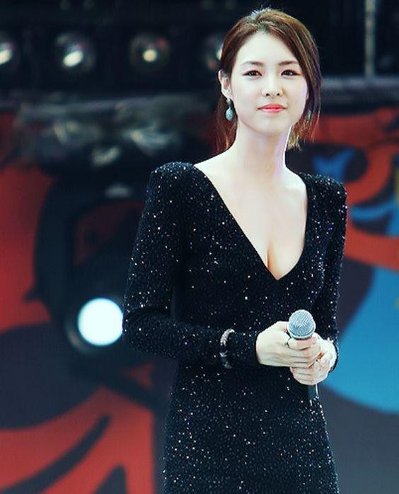 Yeon-hee Lee Nude Photos 61