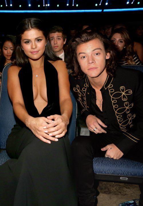 Kuka on Selena Gomez dating 2014