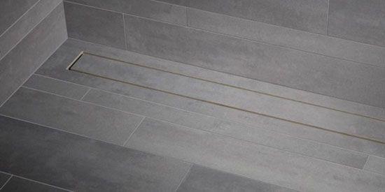... nieuwe Shower Drain van Mosa is echter gemaakt van keramiek zodat hij