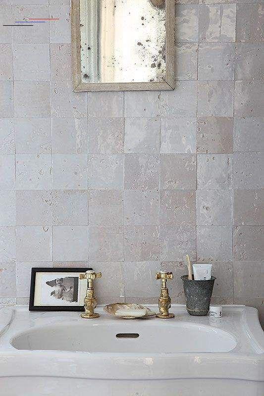 Cheap Decor Ideas For The Home Saleprice 23 Einrichtenundwohnenbadezimmer In 2020 Wohnaccessoires Glasierte Fliesen Badezimmer Garnitur