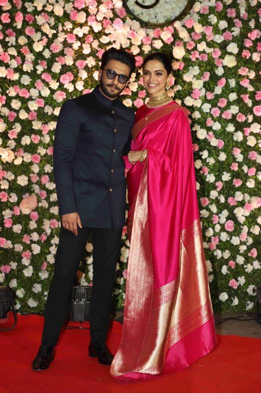 Deepika Padukone Saree Looks Deepika S Latest Sarees 2019 Deepika Padukone Saree Saree Look Saree Trends