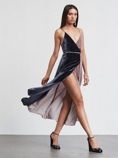 We did the matching for you. The Lana Dress. https://www.thereformation.com/products/lana-dress-matisse-beamont?utm_source=pinterest&utm_medium=organic&utm_campaign=PinterestOwnedPins: