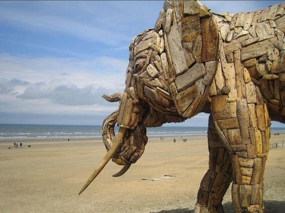 Majestic Driftwood Elephant Sculptures - My Modern Metropolis