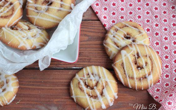 Zimtschnecken Kekse / http://www.missblueberrymuffin.de/2015/12/zum-knuspern-zimtschnecken-cookies.html
