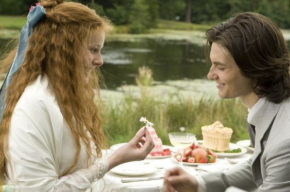 Dorian Gray (2009) Starring: Rachel Hurd-Wood as Sibyl Vane and Ben Barnes as Dorian Gray. Gray meets and falls in love with young budding actress Sibyl Vane.